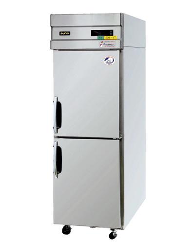 たて型冷凍冷蔵庫 W745